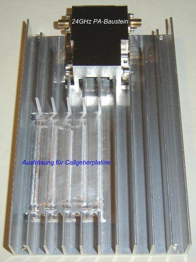 Alu-Kühlkörper mit 24GHz PA-Baustein und Ausfräsung für die   Callgeberplatine